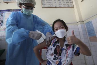 Vaccine của hãng Sinovac hiệu quả với người cao tuổi và giảm nguy cơ bệnh nặng