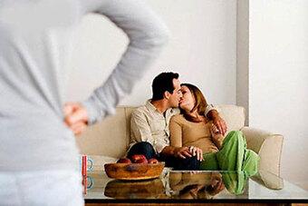 Chuyên gia chỉ ra 4 mẫu đàn ông dễ ngoại tình nhất