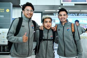 """Tuyển Thái Lan tự tin có hai ngôi sao đắt giá nhất để """"săn"""" chức vô địch AFF Cup 2020"""