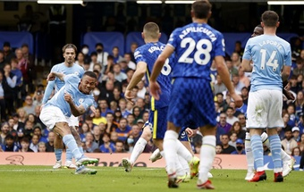 Pep Guardiola đánh bại Thomas Tuchel nhờ 2 bài học kinh nghiệm