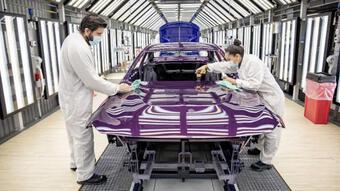 Nửa đầu tháng 9, lượng ô tô nhập khẩu về Việt Nam hụt hơi, khan hàng
