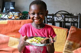 Trẻ em dưới 2 tuổi không được cung cấp đủ lương thực và dinh dưỡng cần thiết