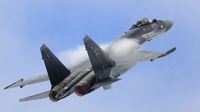 """Ba tiêm kích Nga chặn """"pháo đài bay"""" B-52 Mỹ áp sát không phận"""