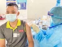 VNVC tiếp tục bàn giao hơn 1,3 triệu liều vaccine COVID-19 cho Bộ Y tế