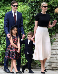 Phong cách thời trang của các cặp nguyên thủ quốc gia nổi tiếng: Cha con nhà Donald Trump quyền lực, phu nhân Tổng thống Pháp U70 mà sành điệu bất ngờ