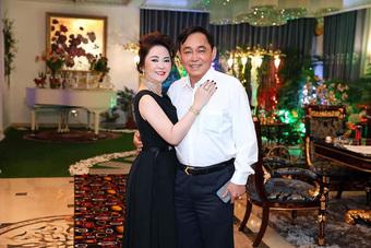 """Ông Dũng """"lò vôi"""" có thái độ gì với 3 con riêng của vợ mà bà Phương Hằng tuyên bố: Mỗi lần ly hôn là một lần tôi tăng giá trị?"""