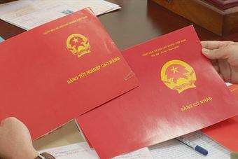 Đắk Lắk phát hiện 40 viên chức sử dụng bằng giả, bằng ''chưa hợp lệ''