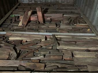 Phá vụ vận chuyển gỗ lậu, đá quý trị giá nhiều tỉ đồng ở Quảng Trị