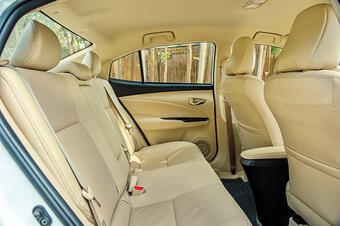 Toyota Vios vững ngôi vương phân khúc B trong tháng 8