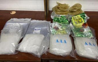 4,6kg ma túy ngụy trang trong cá khô và sứa biển xuất khẩu