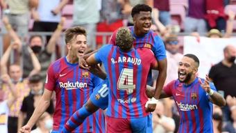Ansu Fati chia sẻ cảm xúc mặc áo số 10 từ Messi