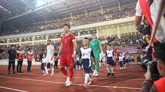 Ai lo cho đội tuyển quốc gia?