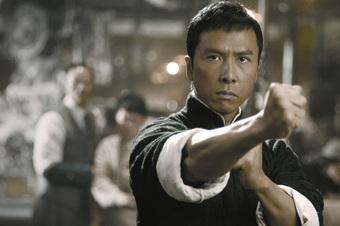 """Đều là """"ông vua võ thuật"""" trên màn ảnh, Lý Liên Kiệt, Thành Long và Chân Tử Đan ai lợi hại nhất?"""
