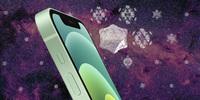 """""""Tra tấn"""" iPhone 13 Pro bằng sức mạnh của... búa và dao"""