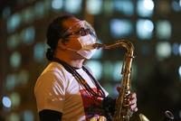 Nghệ sĩ hai miền hội ngộ trong đêm nhạc 'Nối vòng tay lớn'