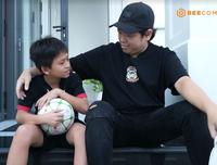 Cầu thủ 12 tuổi nói thẳng với diễn viên Sam: Con không muốn nhìn mặt ba vì ba bỏ mẹ con rồi