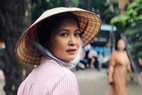 """Đời thực y hệt trên phim của Trúc - vợ đảm của NSND Trung Hiếu trong """"Ngày mai bình yên"""""""