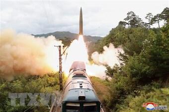 Hàn Quốc họp an ninh khẩn cấp sau vụ phóng tên lửa Triều Tiên