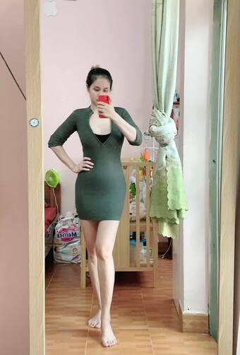 """Vợ cũ Phan Thanh Bình khoe dáng """"mẹ bỉm sữa"""" nuột nà sau khi giảm được gần 3 yến"""