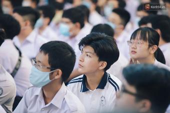 NÓNG: Trường THPT đầu tiên của TP.HCM có thể được đi học lại từ 4/10