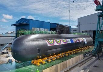 Hàn Quốc ''trình làng'' tàu ngầm mới trang bị tên lửa đạn đạo