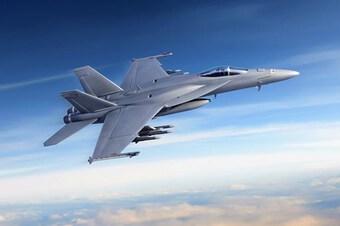 Hải quân Mỹ nhận chiến đấu cơ F/A-18 Super Hornet Block III đầu tiên