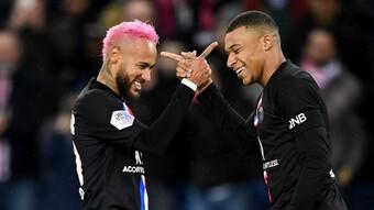 Từng gắn bó ''con chí cắn đôi'', vì sao Neymar và Mbappe ngoảnh mặt làm ngơ?