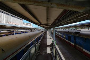 Khai thác trở lại xe khách, tàu hỏa, tàu thủy thế nào?