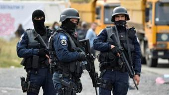 Căng thẳng leo thang, Serbia điều thiết giáp đến gần Kosovo