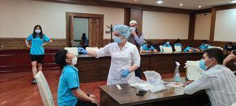 Test COVID xong, tuyển nữ Việt Nam sẵn sàng đấu với Tajikistan