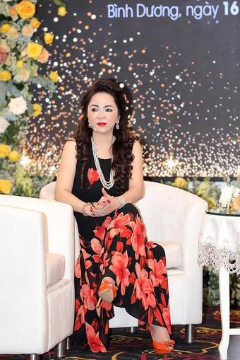 """Bà Phương Hằng - CEO Đại Nam tiết lộ chủ đề buổi trò chuyện sắp tới """"Chết là giải thoát"""", dân mạng có ngay loạt phản ứng bất ngờ"""