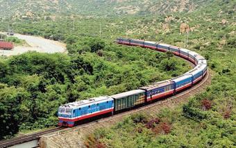 Tàu khách Hà Nội - TPHCM dự kiến chạy lại từ 1/10