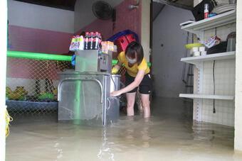 Đo được lượng mưa lớn nhất trong 25 năm qua ở rốn lũ Nghệ An