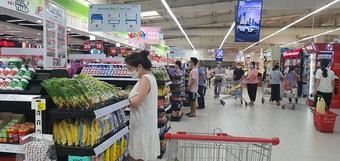 Hà Nội: Cảnh tượng bất ngờ tại các Trung tâm thương mại trong ngày đầu mở cửa trở lại