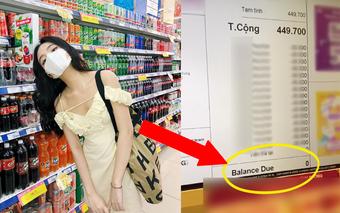Đi siêu thị hoá đơn hơn 400k, cô gái đưa nhân viên một thứ rồi không phải thanh toán đồng nào, tự tin cầm đồ về