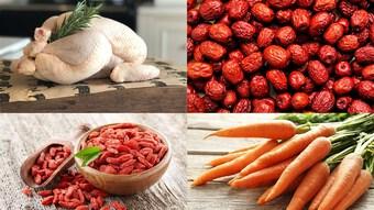 Chế biến canh gà hầm hạt sen bổ dưỡng cho cả gia đình