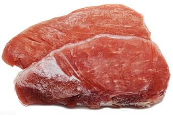 Nên chọn thịt lợn tươi hay đông lạnh? Tiết lộ những bí mật ít người biết về 2 loại thịt này
