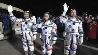 Nửa đêm 16/10, Trung Quốc phóng Thần Châu 13, thiết lập 3 kỷ lục lịch sử!