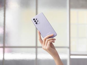 Những smartphone tầm trung thiết kế xịn khiến các nàng mê mẩn