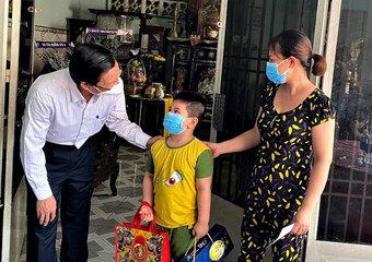 Thủ tướng yêu cầu có chính sách hỗ trợ trẻ em mồ côi do đại dịch