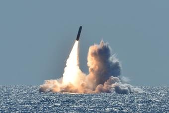 Các nước tăng tốc thử vũ khí, cuộc đua tên lửa nóng lên toàn cầu
