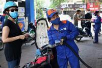 Giá dầu liên tiếp lập đỉnh, thị trường hàng hóa biến động ra sao?
