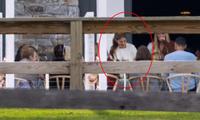 Con gái tỷ phú Bill Gates tung ảnh cưới chính thức chứa đựng chi tiết gây chú ý