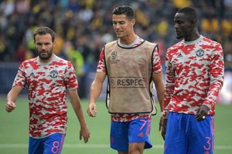 Lộ diện ngôi sao bị Solskjaer ''phản bội'' trong trận thua Leicester