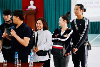 """Bị nghi ngờ chỉnh sửa giấy tờ sao kê, Nhật Kim Anh mời 1 nhân vật đặc biệt """"rửa oan"""" từ thiện"""