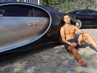 Ronaldo sắm siêu xe cả thế giới chỉ có 10 chiếc