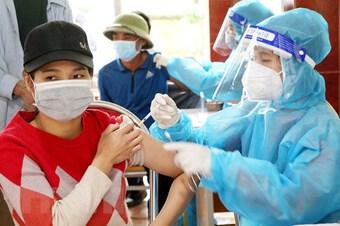 Hơn 558.000 tổ chức, cá nhân đóng góp vào quỹ vaccine phòng COVID-19