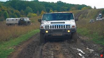 Độ Hummer H2 thành limousine dài 10 mét đem off-road - Trò chơi chỉ có người Nga mới nghĩ ra được