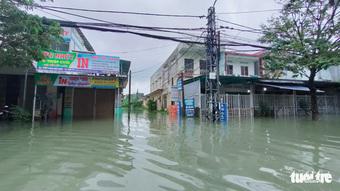 Hơn 50 xã ở Quảng Nam, Quảng Ngãi ngập lụt, miền Trung mưa lớn kéo dài đến ngày mai