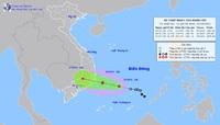 Áp thấp nhiệt đới sắp mạnh thành bão, mưa lớn dồn dập trút xuống miền Trung